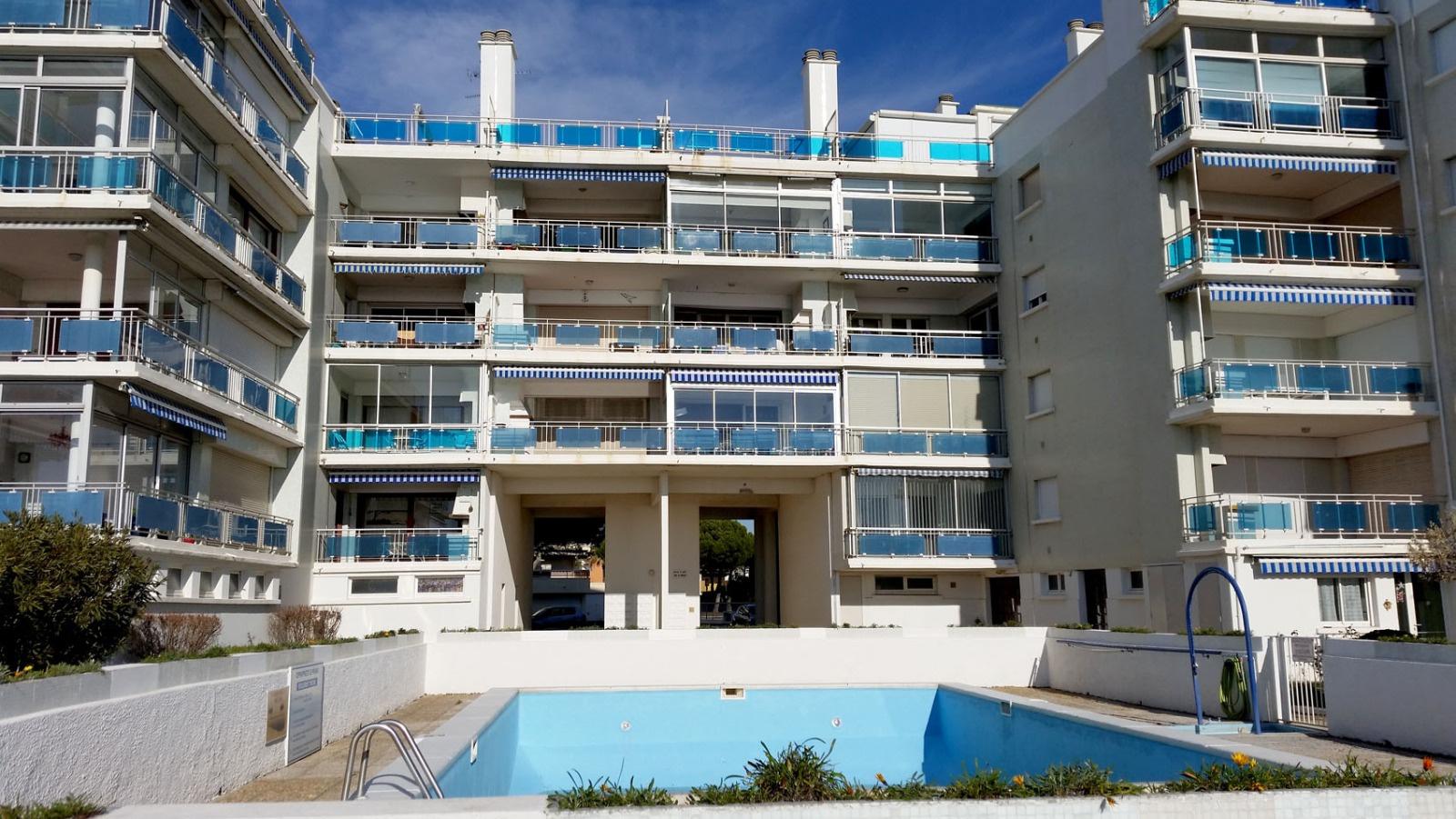 Location vacances - Location grau du roi avec piscine ...